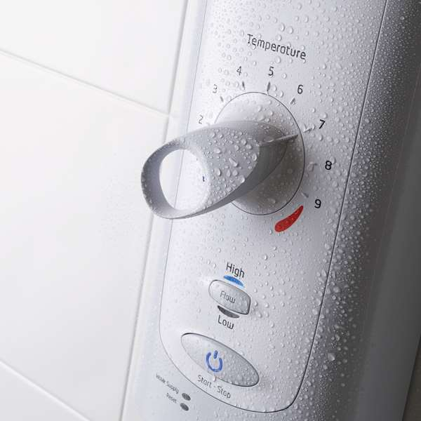 mira-advance-flex-electric-shower-detail.jpg