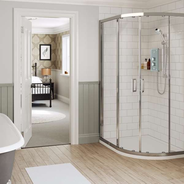 mira-showers-ensuite-traditional-bathroom-roomset-01-Azora.jpg